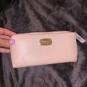Michael Kors Jet Set continental leather wallet